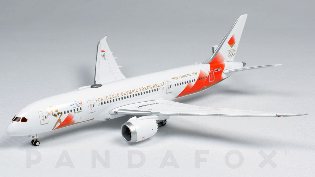 Japan Airlines Boeing 787-8 JA837J Tokyo 2020 Olympic Torch Relay JC Wings EW4788003 Scale 1:400