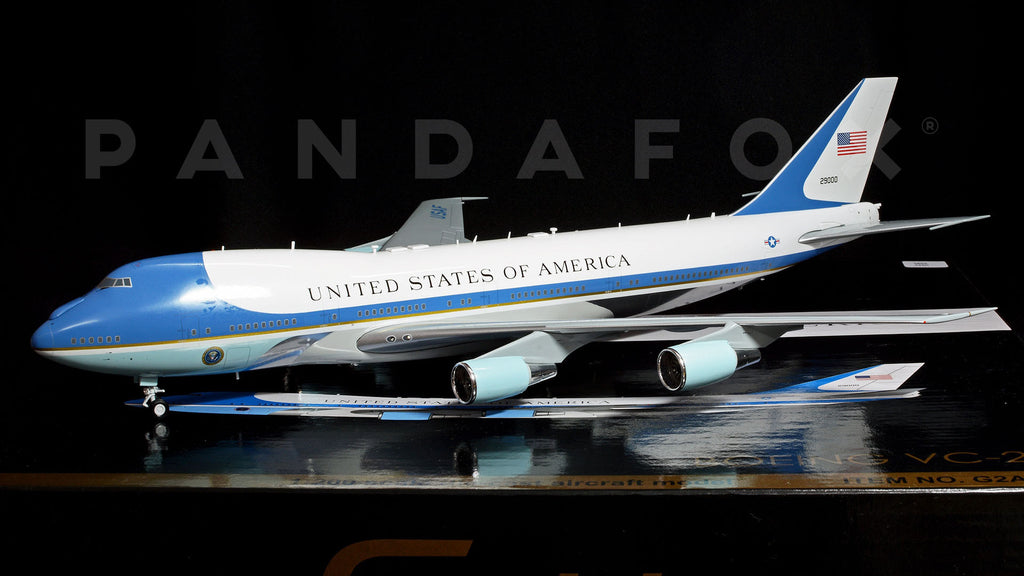 "USAF Boeing 747-200 (VC-25) 29000 ""Air Force One"" GeminiJets G2AFO624 Scale 1:200"