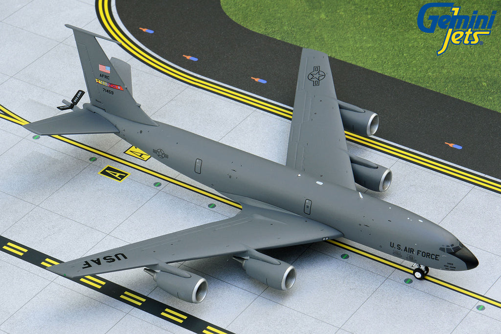USAF Boeing KC-135R 57-1459 March ARB GeminiJets G2AFO887 Scale 1:200