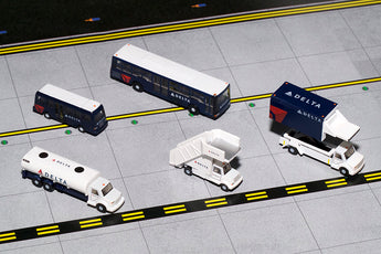 Delta Ground Service Equipment Trucks Set GeminiJets G2DAL720 Scale 1:200