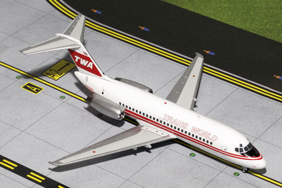 Trans World Airlines DC-9-10 N1058T GeminiJets G2TWA223 Scale 1:200