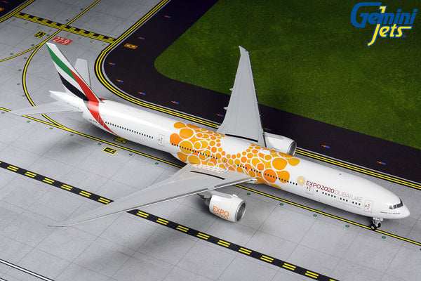 Emirates Boeing 777-300ER A6-EPO EXPO 2020 Orange GeminiJets G2UAL800 Scale 1:200