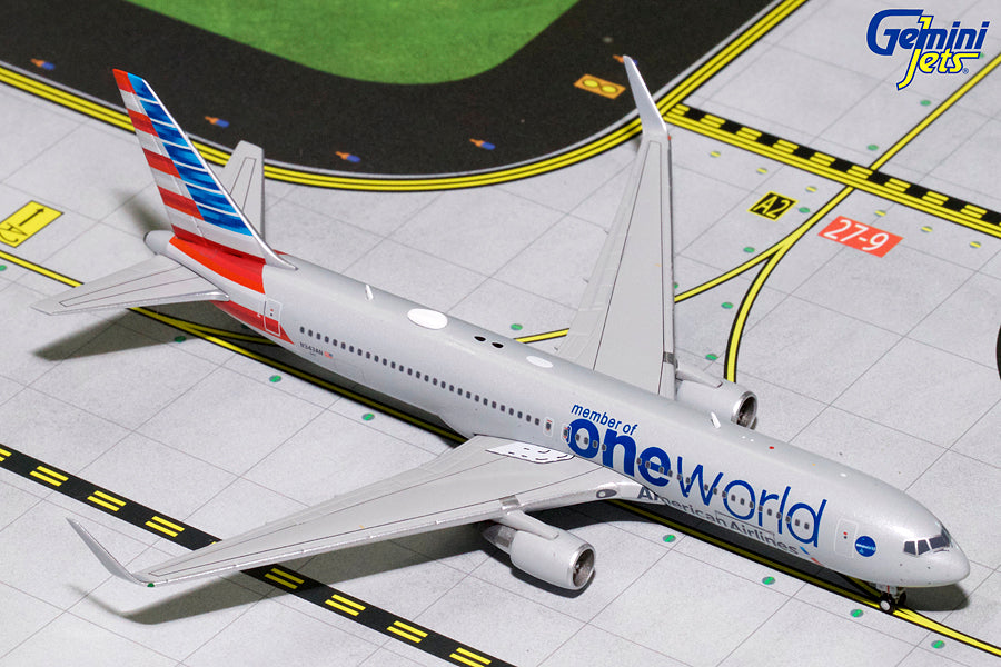 American Airlines Boeing 767-300 N343AN One World GeminiJets GJAAL1680 Scale 1:400