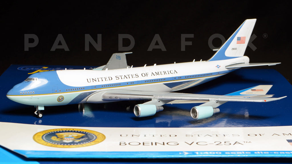 "USAF Boeing 747-200 (VC-25) 29000 ""Air Force One"" GeminiJets GJAFO1438 Scale 1:400"