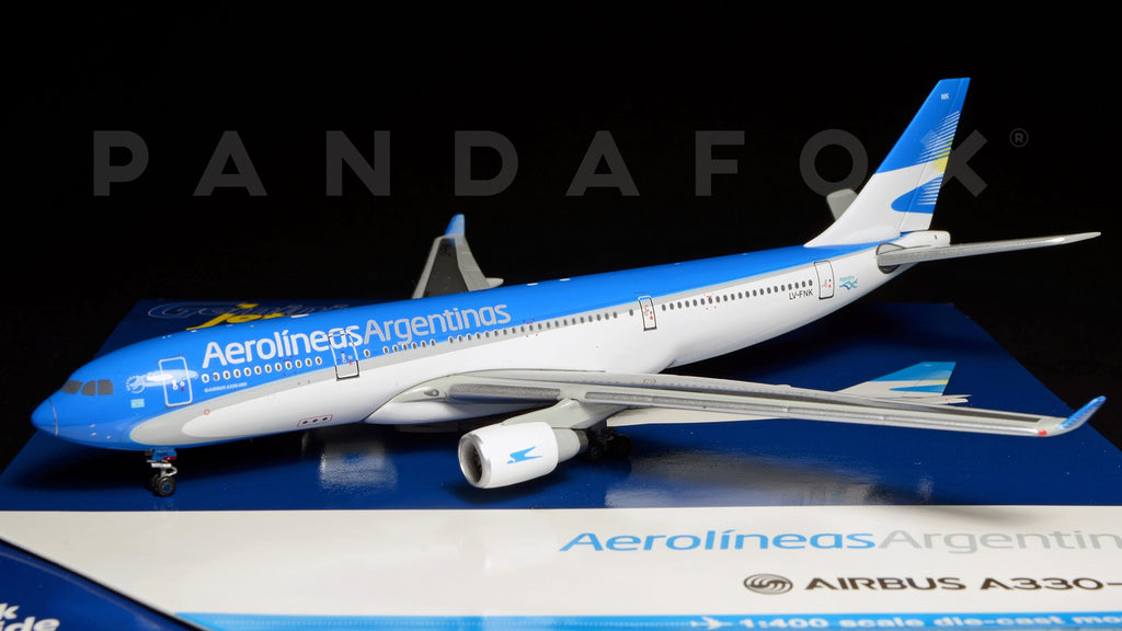 Aerolineas Argentinas Airbus A330-200 LV-FNK GeminiJets GJARG1323 Scale 1:400