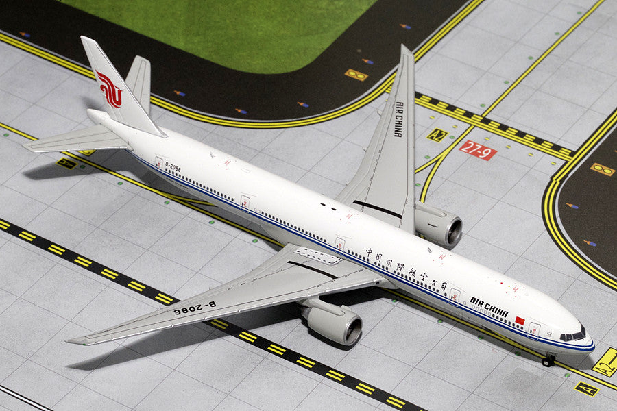 Air China Boeing 777-300ER B-2086 GeminiJets GJCCA1366 Scale 1:400