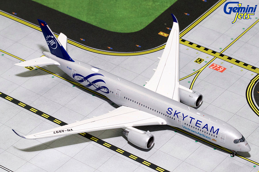 Vietnam Airlines Airbus A350-900 VN-A897 Skyteam GeminiJets GJHVN1778 Scale 1:400