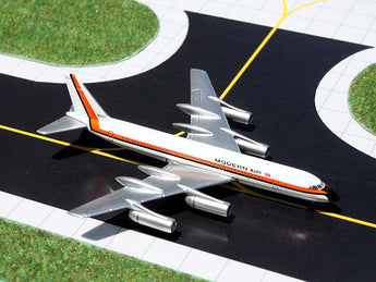 Modern Air Convair 990 N5617 GeminiJets GJMOD704 Scale 1:400