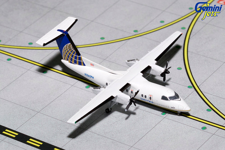 United Express Bombardier Dash 8-200 N365PH GeminiJets GJUAL1153 Scale 1:400