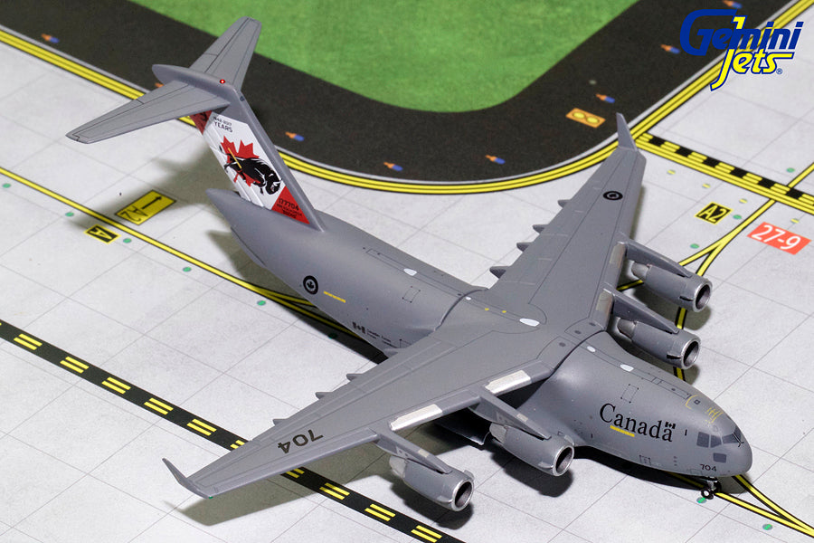 Royal Canadian Air Force Boeing C-17 177704 75 Years GeminiJets GMCAF072 Scale 1:400