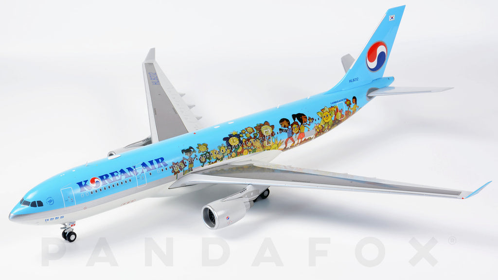 Korean Air Airbus A330-200 HL8212 Children Drawing Contest JC Wings LH2KAL085 LH2085 Scale 1:200