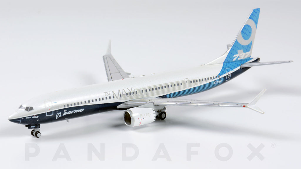 Boeing House Boeing 737 MAX 9 N7379E JC Wings LH4BOE133 LH4133 Scale 1:400