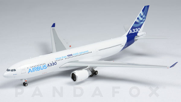 Airbus House Airbus A330-200 F-WWCB Phoenix PH4AIR1545 Scale 1:400
