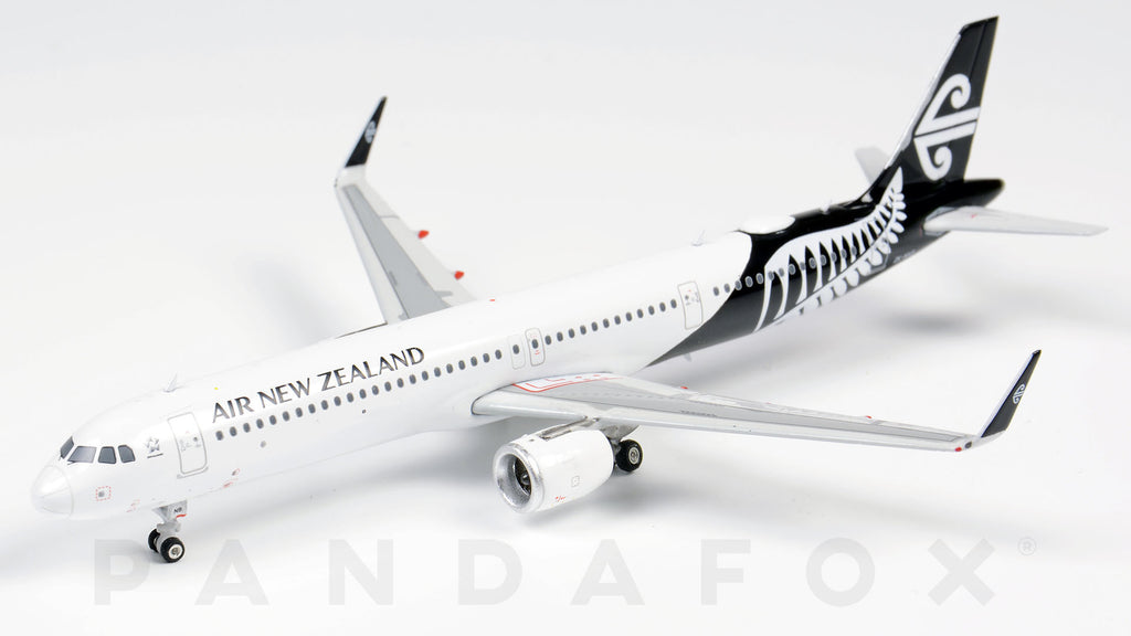 Air New Zealand Airbus A321neo ZK-NNB Phoenix PH4ANZ1843 Scale 1:400