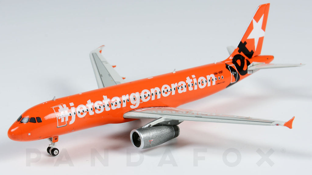 Jetstar Airbus A320 VH-VGF Celebrating 10th Anniversary Phoenix PH4JST1175 Scale 1:400