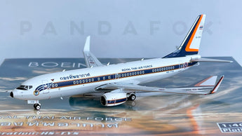 Royal Thai Air Force Boeing 737-800 HS-TYS Phoenix PH4RTAF2138 11672 Scale 1:400