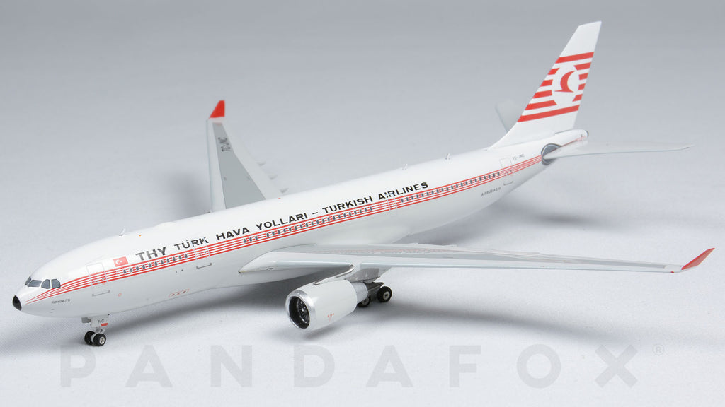 Turkish Airlines Airbus A330-200 TC-JNC Retro Phoenix PH4THY1478 Scale 1:400