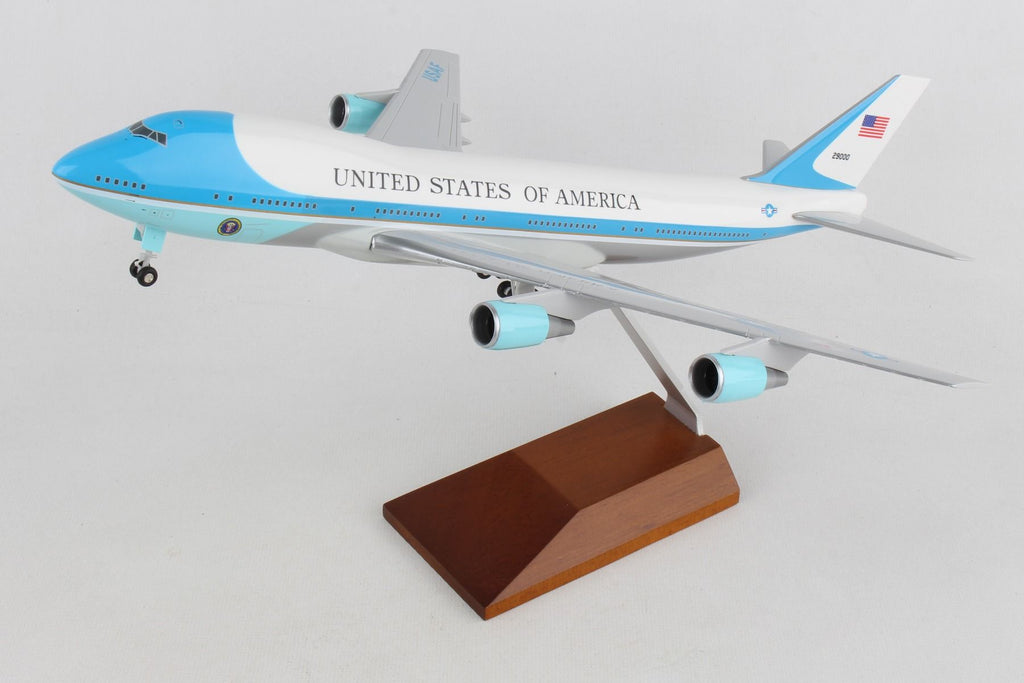 USAF Boeing 747-200 (VC-25) 29000 Air Force One Skymarks SKR5005 Scale 1:200
