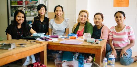 Interview with Jane Darbyshire, Founder of Penh Lane || Jewelry Making Social Enterprise in Cambodia