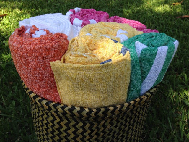 Tutti Frutti Blanket Throw by Batan Ecos - Jewel and Lotus