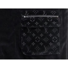 LV pocket half zip