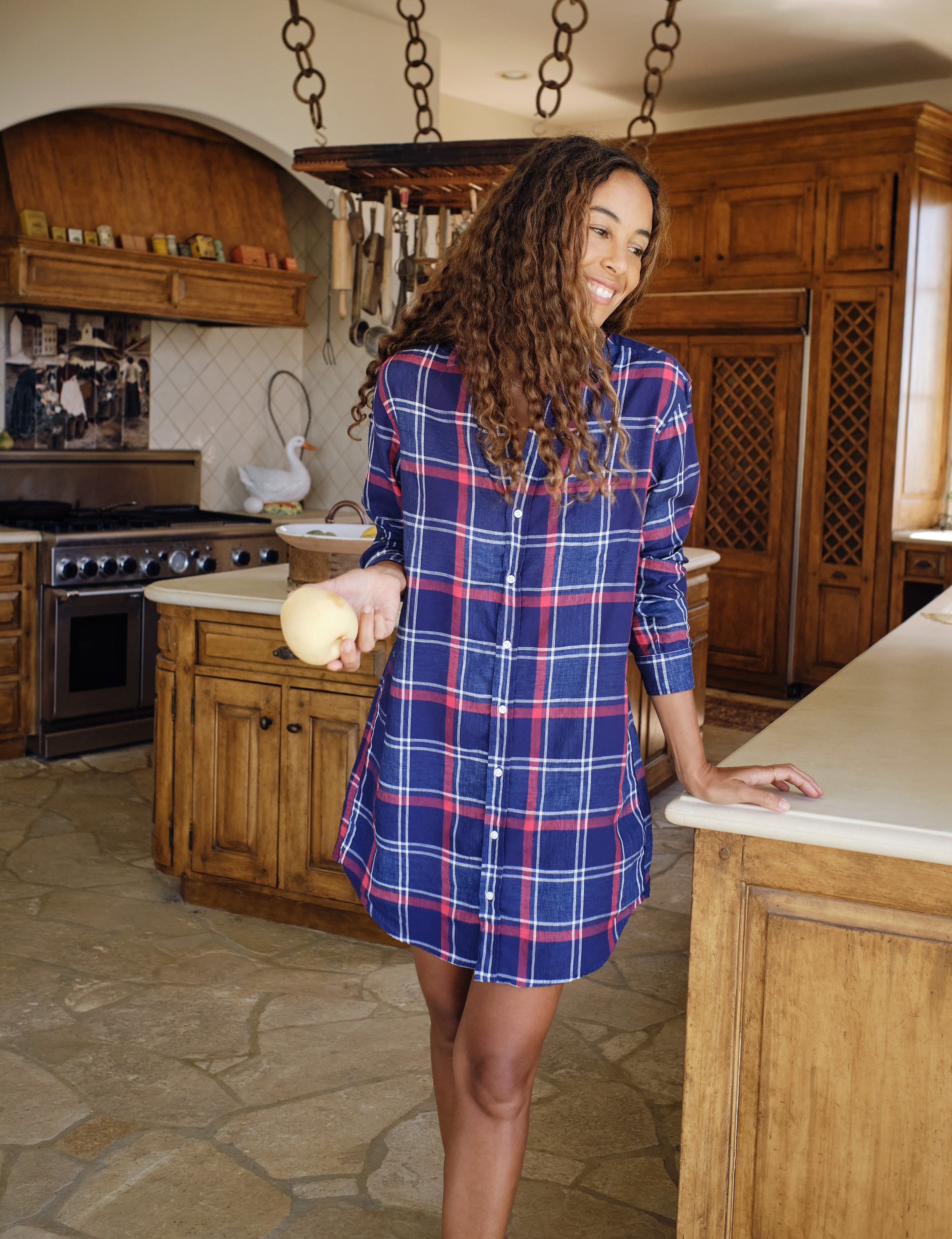 Image of MARY Large Navy Plaid, Classic Linen