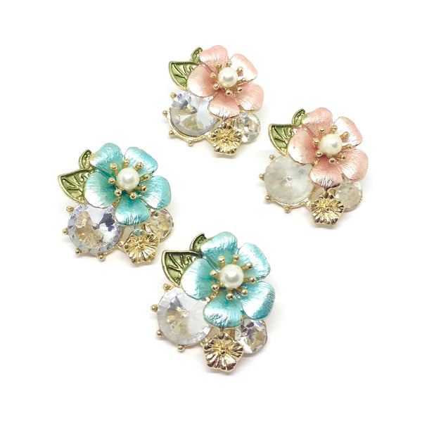 Flower & Pearl Stud Earrings