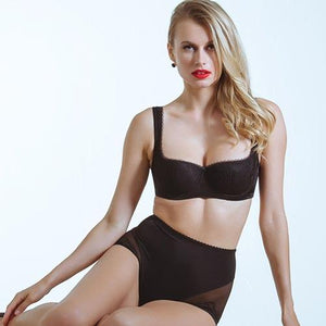 Holiday Giveaway: Your Chance to Win a Lavinia Lingerie Mia Set
