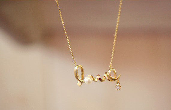 Love - The Vintage Necklace