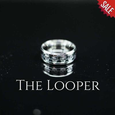 'The Looper' Skull Ring