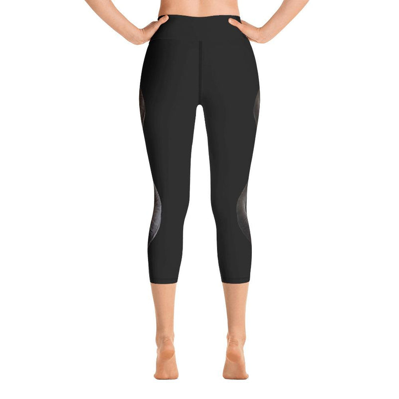Greater Kudu 2 Yoga Capri Leggings - 57 Peaks