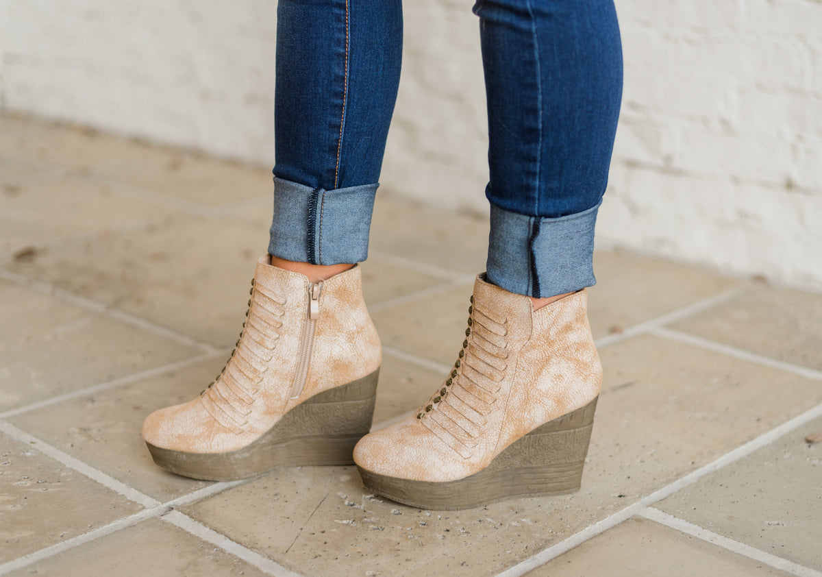 Sbicca Nyle Wedge Bootie-Beige