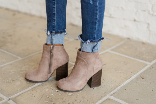 Beauty And The Chic Bootie-Light Cement