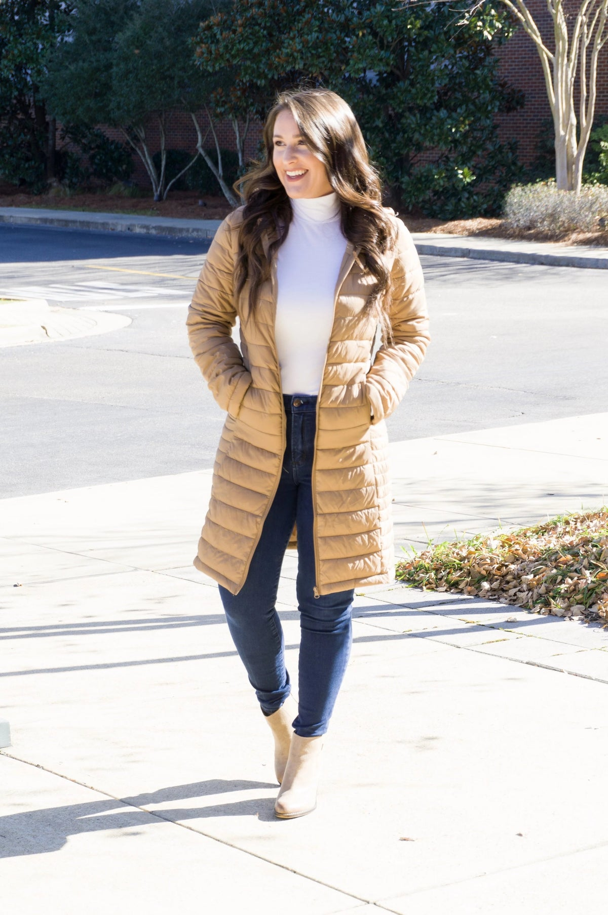 Ultra Chic Puffer Jacket - Beige