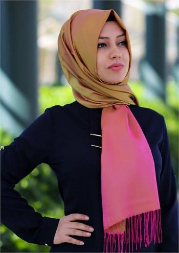 Sarar Taffeta Hijab Shawl - Olive Green & Pink - NisaLife - Buy Fashion Muslim Women Clothing, Hijab, Dress Abaya, Scarf, Shawl, Headscarf