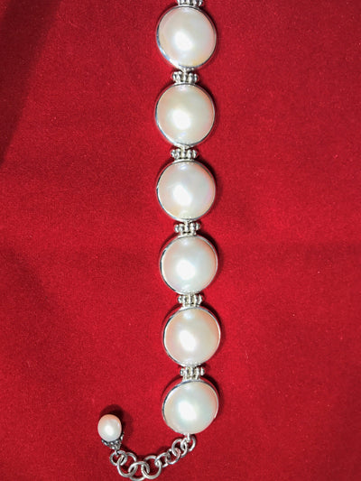 Pearl Bracelet in Sterling Silver - White Mabe - NisaLife - Buy Fashion Muslim Women Clothing, Hijab, Dress Abaya, Scarf, Shawl, Headscarf