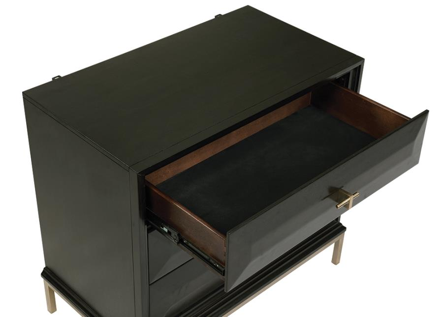 Formosa 3 Drawer Nightstand