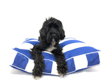 THE HAMPTONS DESIGNER DOG BED - BLUE - Pet Pouch
