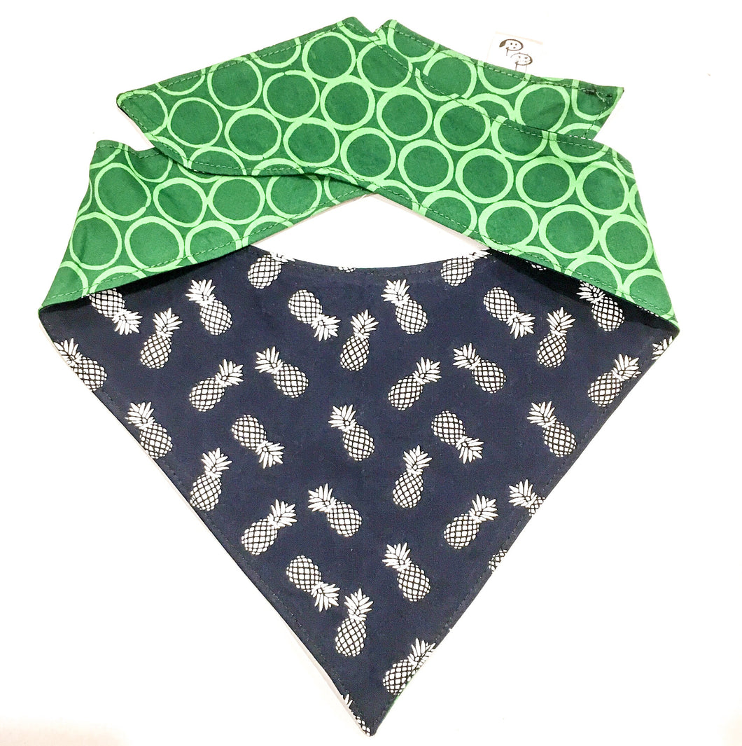 PRICKLES - DOG BANDANA - Pet Pouch