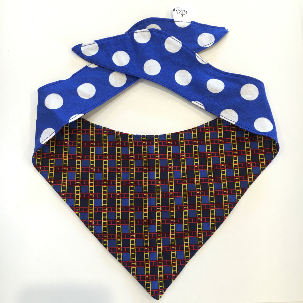 SPOTS & LADDERS - DOG BANDANA - Pet Pouch