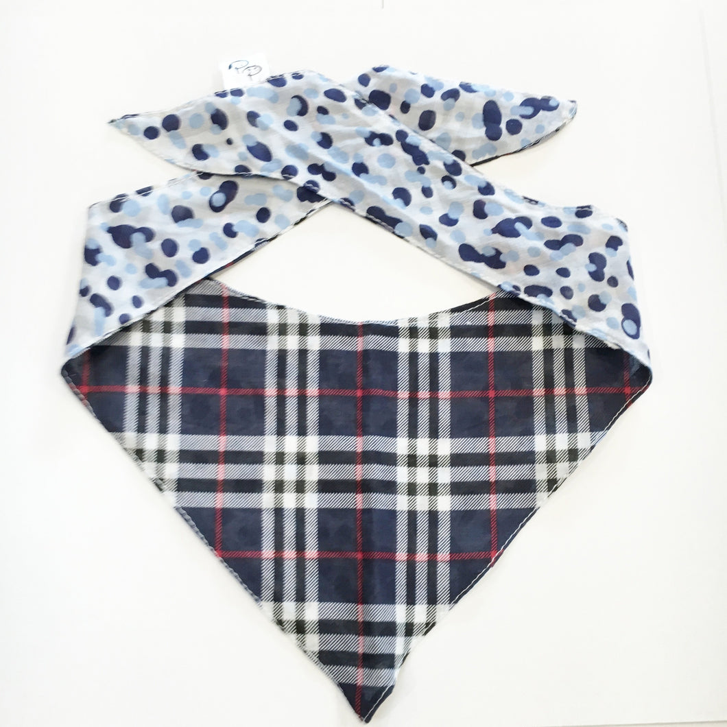 THE CLAN - DOG BANDANA - Pet Pouch