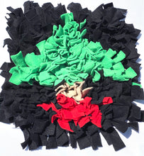 SNUFFLE MAT -  INTERACTIVE DOG TOY (BLACK CHRISTMAS TREE)