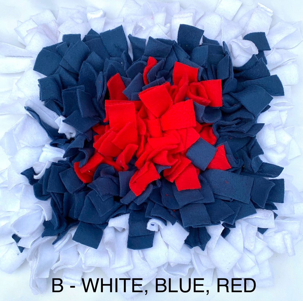 SNUFFLE MAT -  INTERACTIVE DOG TOY (WHITE, BLUE & RED)