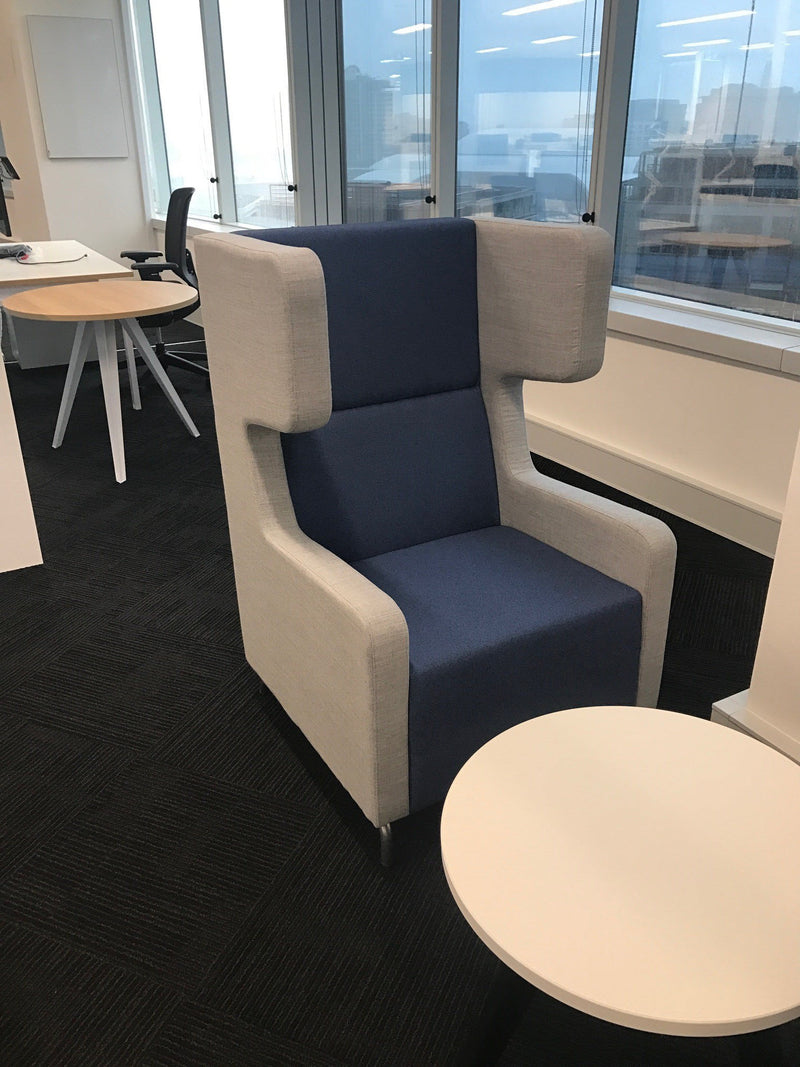 Amee Private Breakout Lounge Single Seater