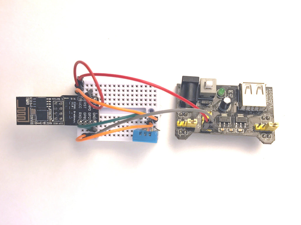 Wireless temperature and humidity sensor (MQTT enabled)