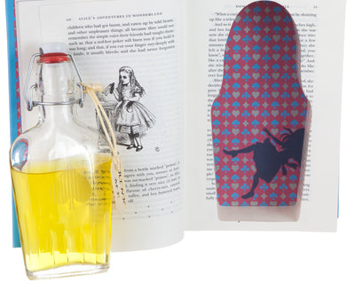 "Alice ""Drink Me"" Alice's Adventures in Wonderland by Lewis Carroll (Leather-bound) (Flask Included)"