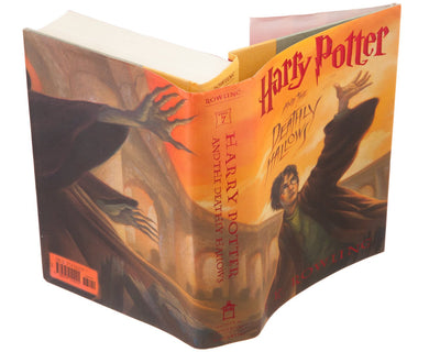 Harry Potter and the Deathly Hallows by J.K. Rowling (Flask Included)