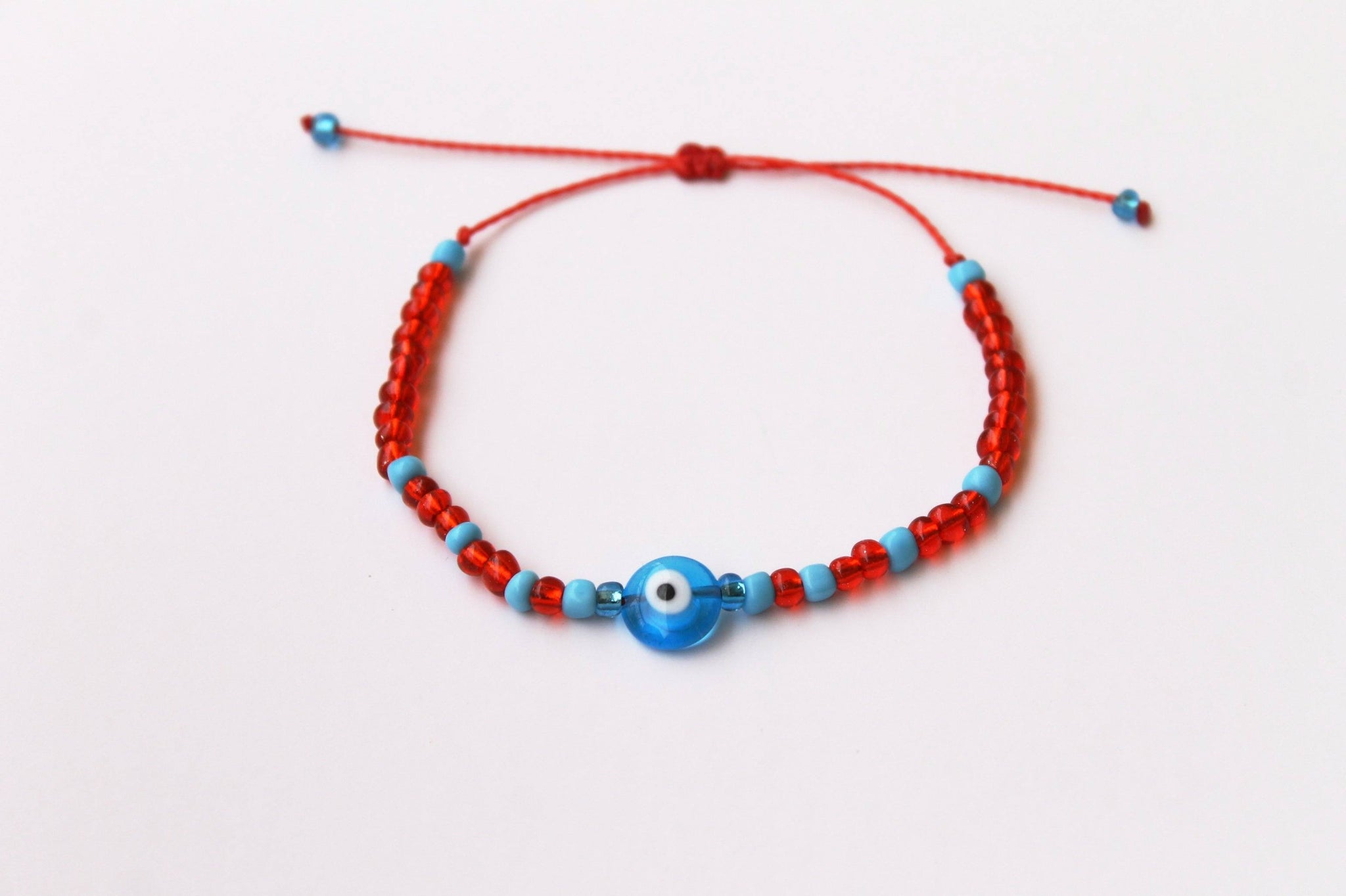 3ain Zar2a Glass Red Seed Beads Bracelet