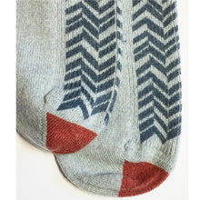 Chevron front and red toe ladies cashmere sock.