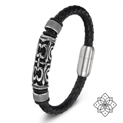 """Radiant Light from Tibet"" – the leather bracelet"